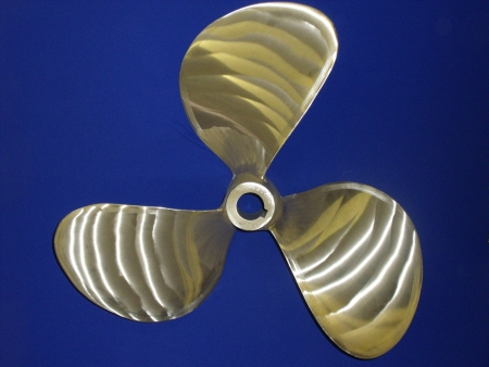 3-blade-left-hand-23-5-x-27-reconditioned-propeller
